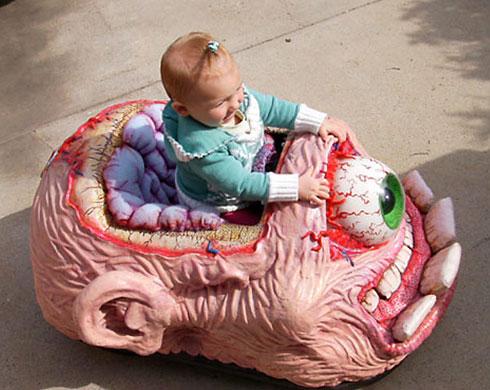 Creepy kids car