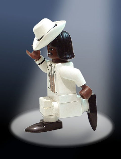 Michael Jackson's moonwalk - LEGO tribute